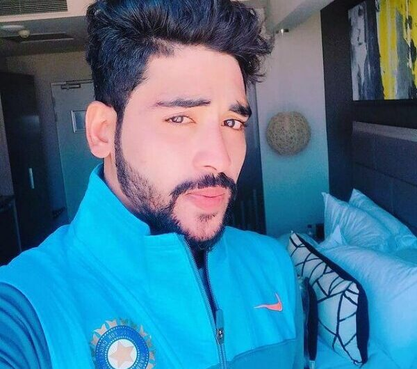 Mohammed Siraj Biography, Wiki, Age, Gf, Wife, Father, Salary & More